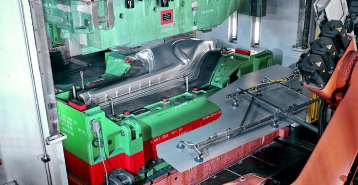 Omformande verktygsmaskiner och pressar